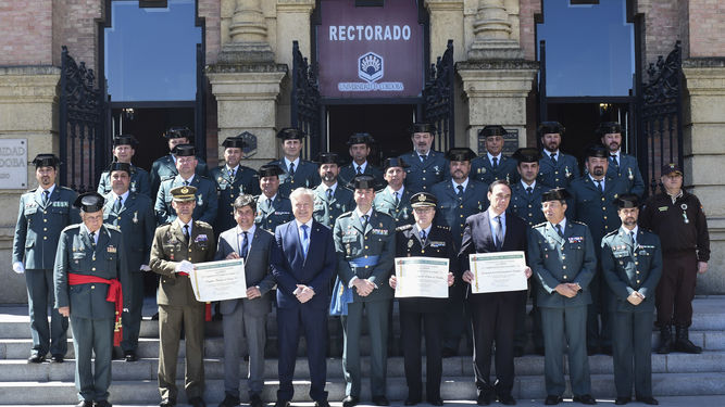 Foto familia Guardia Civil Rectorado